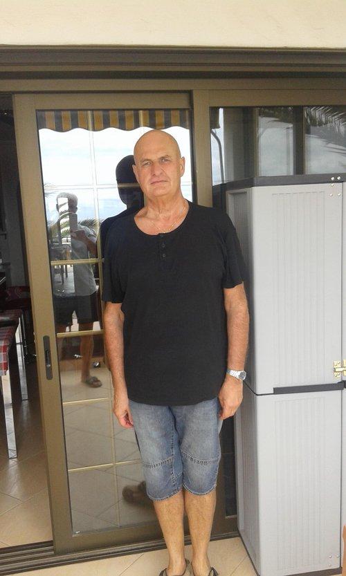 Fotografia de maincross, Chico de 65 años