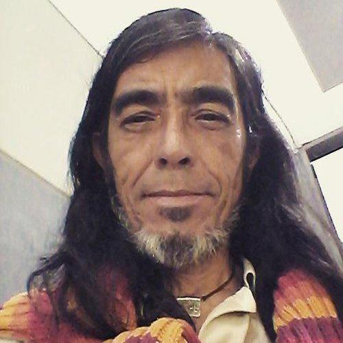 8630a7018b61b Busco mujeres descomplicadas para ligar. Chico de Quito - amigae.com